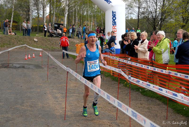 2015-Erik-Holm-Langhof-0801.jpg